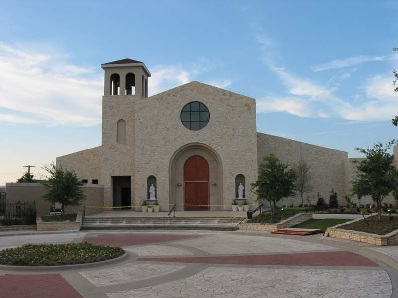 Commercial Brick - Mary Immaculate Church in Farmers Branch, Texas | Metro Brick