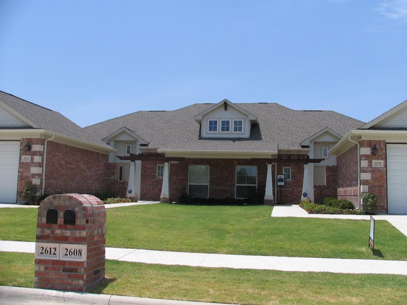 Residential Brick - Apachie Germantown (Available in King or 3x10 Size) | Metro Brick