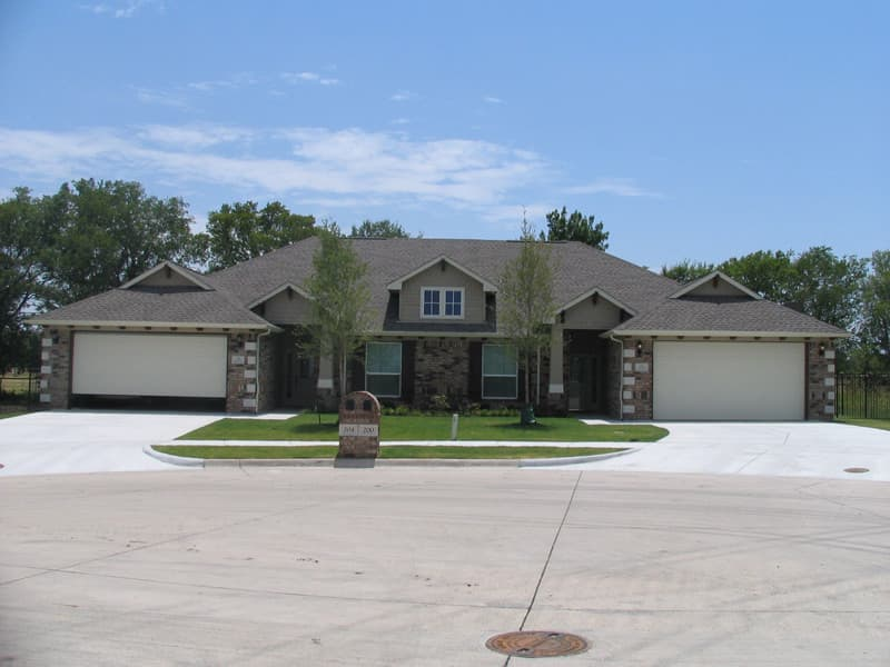 Residential Brick - Country Club (Available in King or 3x10 Size) | Metro Brick